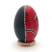 Emu-Egg-Red-Right
